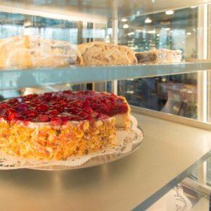 Cafererien in der Therme Cafe und Kuchen